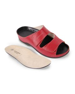 Buy Women's clogs Luomma, color: red. LM-501.017. Size 35 | Online Pharmacy | https://buy-pharm.com